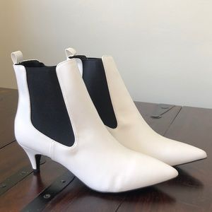 BNWT LuLu's White Heeled Booties